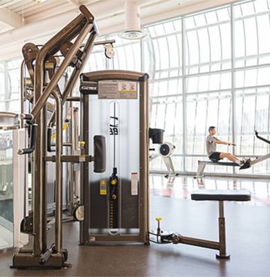 accessible weight equipment at the cal poly recreation center
