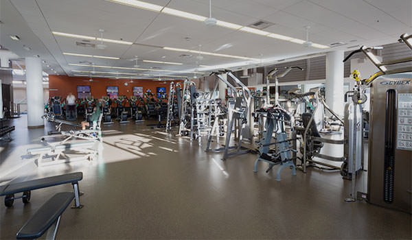 weight equipment and machines at the cal poly recreation center track room
