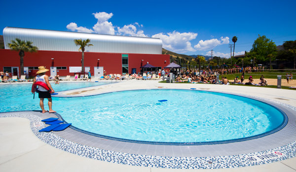facility photo of the leisure pool at the cal poly recreation center